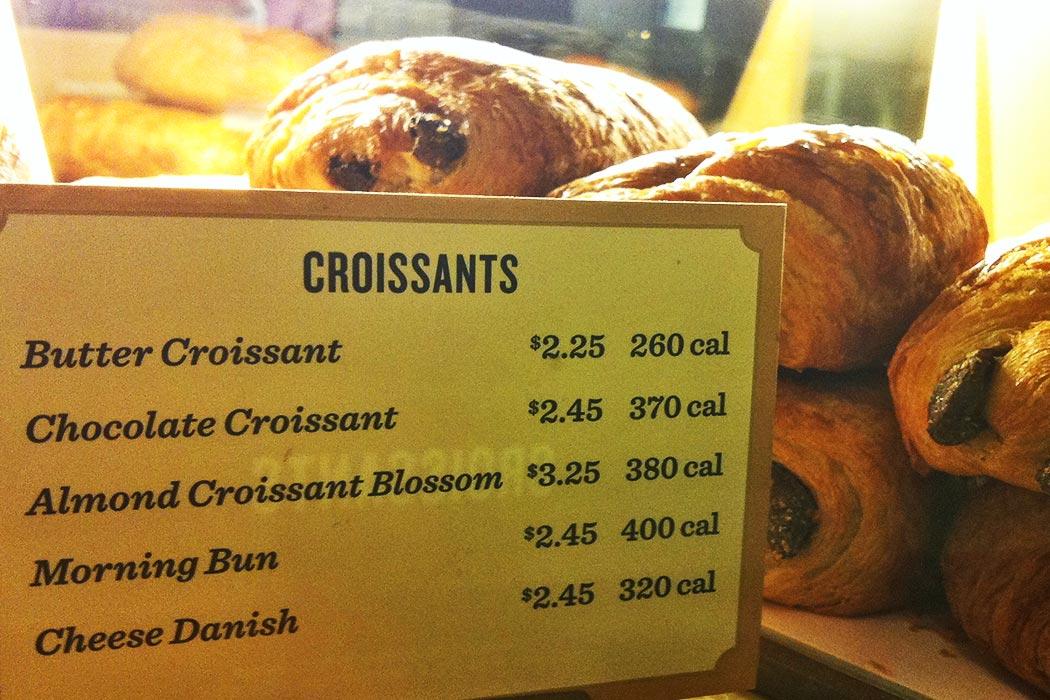croissants with calorie count