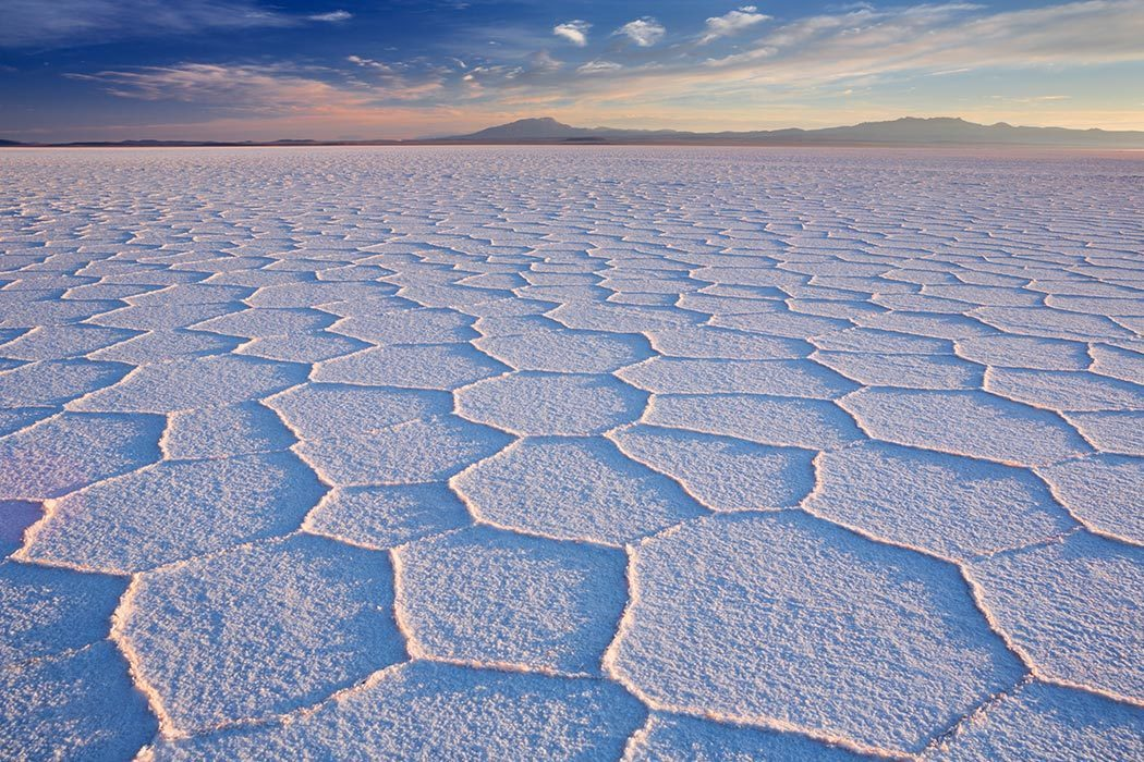 https://daily.jstor.org/wp-content/uploads/2015/08/Solar_de_Uyuni_1050x700.jpg