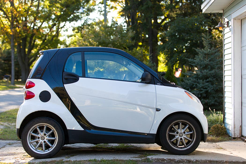 Smart Fourtwo Passion Coupe parked in driveway