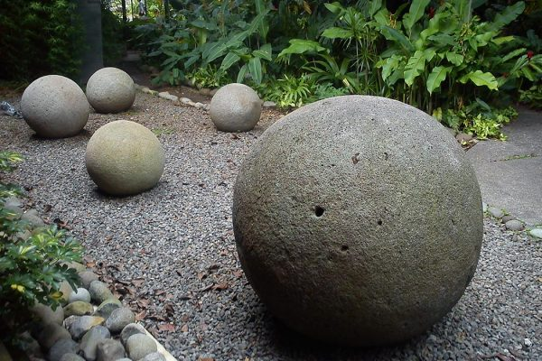 Stone spheres in National Museum of Costa Rica. This pre-columbian artefacts from Diquis's Valley are symbols of national identity for Costa Rican people.