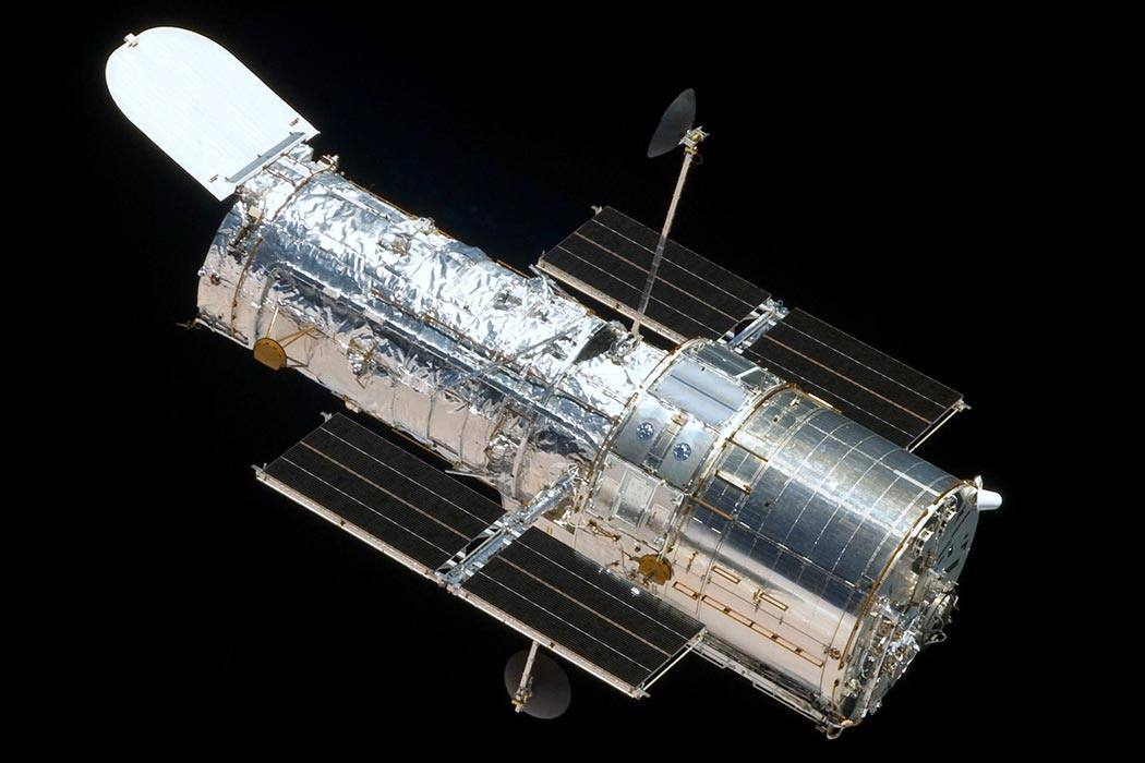 The Hubble Space Telescope as seen from the departing Space Shuttle Atlantis, flying STS-125, HST Servicing Mission 4.