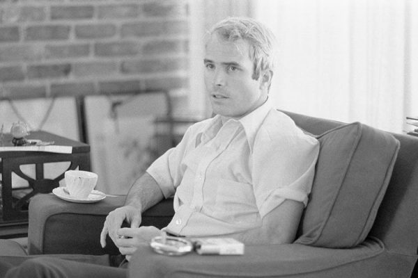 McCain giving an interview to the press on April 24, 1973, after his return from Vietnam. Photo by US News and World Report.