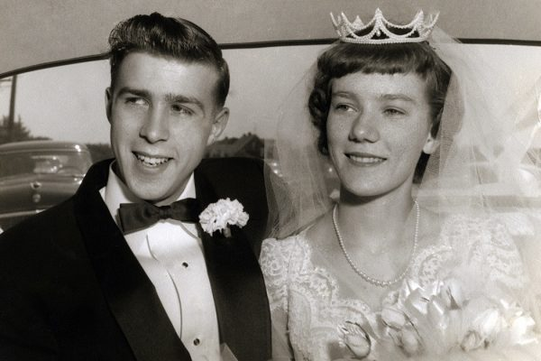 A happy newly wed couple in the 1950's.