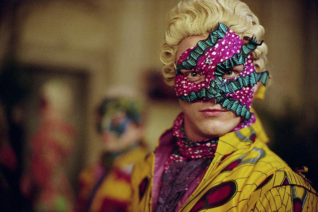 YINKA SHONIBARE MBE, Un Ballo in Maschera (A Masked Ball), 2004 High Definition Digital Video 32 minute loop © Yinka Shonibare. Courtesy James Cohan, New York.