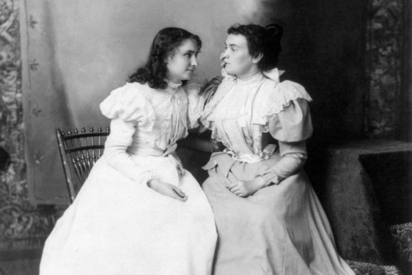 Helen Keller and Anne Sullivan in 1897