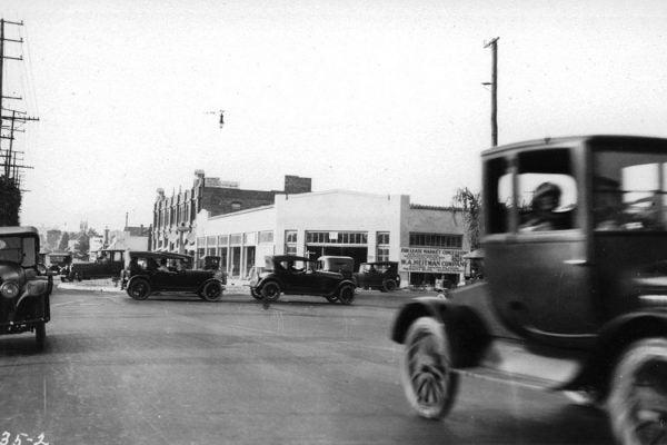 Cars in 1920s LA