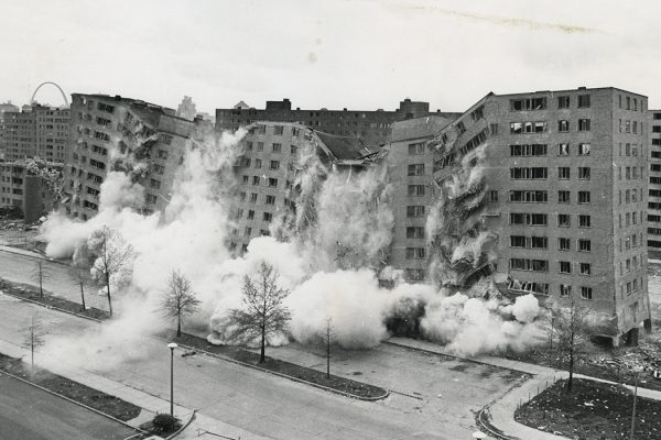 The demolition of the Pruitt-Igoe houses in St. Louis, 1972