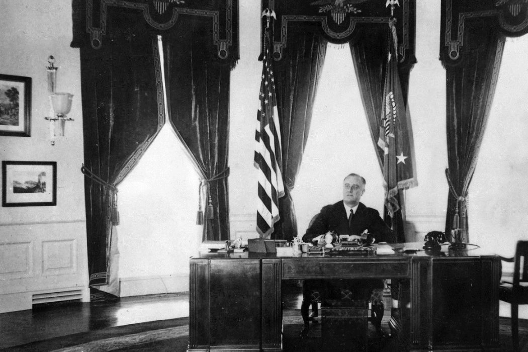 FDR in Oval Office, 1935