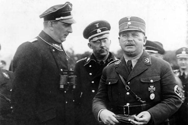 Nazis Kurt Daluege, Heinrich Himmler, Ernst Röhm in 1933