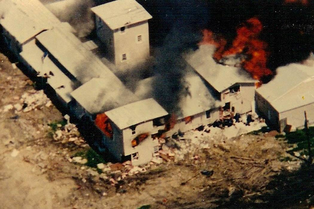 Waco compound in flames