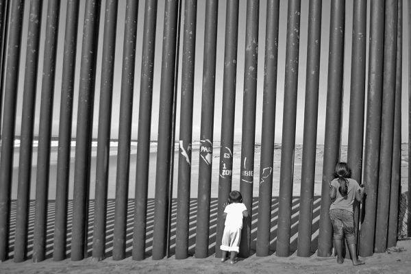 Children at US-Mexico border
