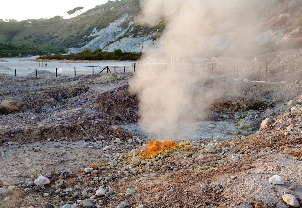 sulfur vent naples
