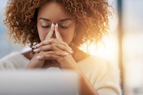 Online distress