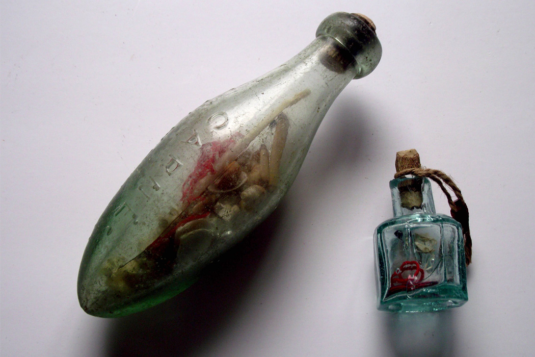 Photograph: Witch Bottles used for curse protection  Source: https://commons.wikimedia.org/wiki/File:Witch_Bottles_Curse_Protection.jpg