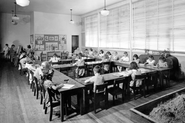 A classroom in Oak Ridge, Tennessee in 1944