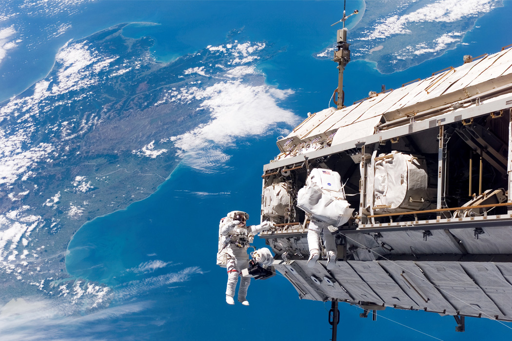 A Mission STS-116 spacewalk