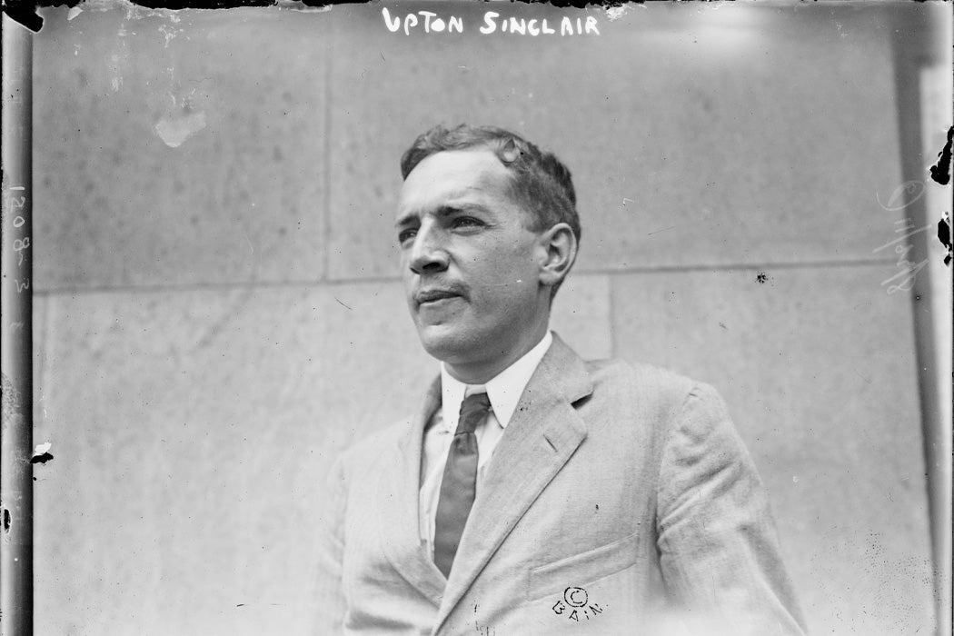 Upton Sinclair, 1900