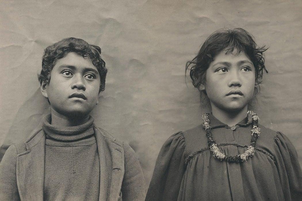 Native Hawaiian schoolchildren around 1900.