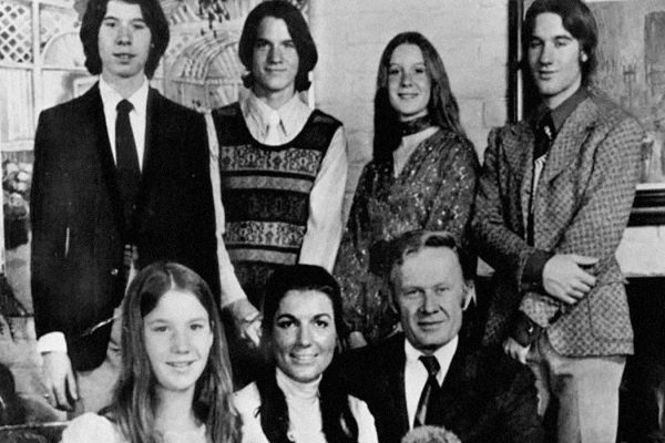 The Loud Family, 1973