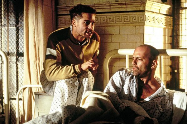 Bruce Willis and Brad Pitt in 12 Monkeys