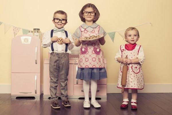 Children enacting heteronormative gender roles