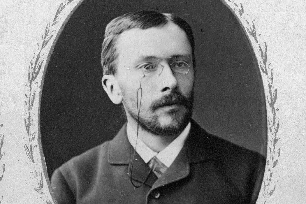Photograph: Konstantin Mereschkowski  Source: https://commons.wikimedia.org/wiki/File:Konstantin_Mereschkowski.jpg