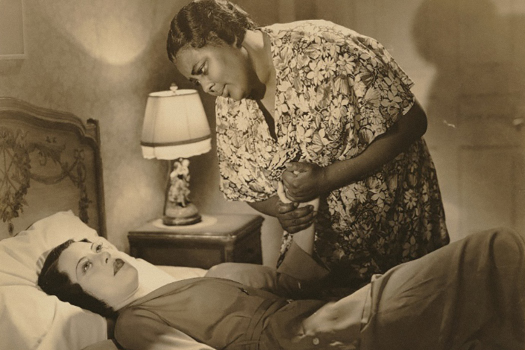 Fredi Washington and Louise Beavers in a scene from Imitation of Life