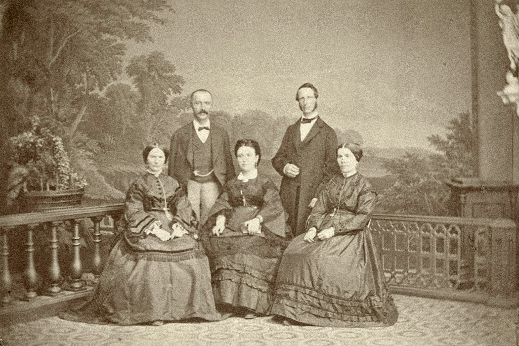 Family photo with Heinrich and Sophia Schliemann, 1871