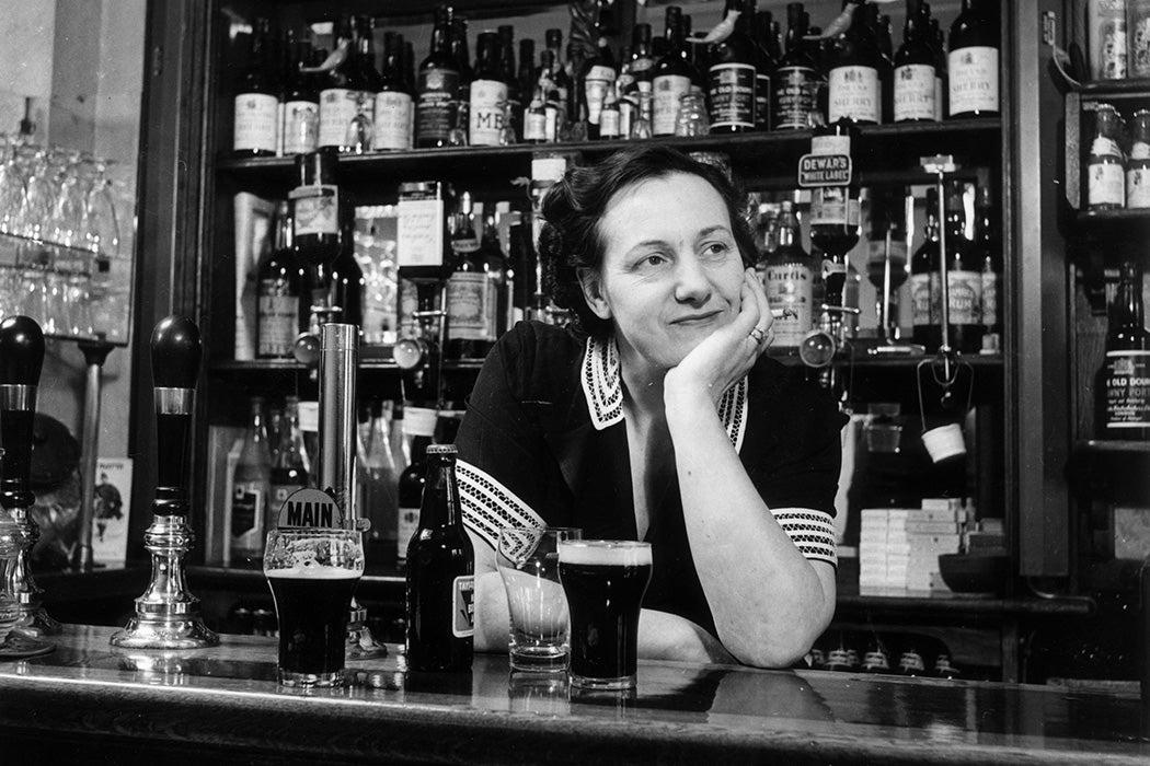 A bartender in 1951