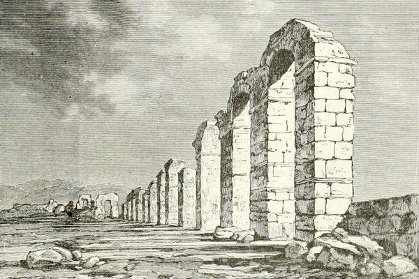 Ruins of a Roman aqueduct in Tunisia